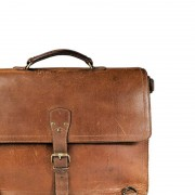classic-leather-briefcase-1
