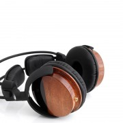 high-performance-magnetic-headphones-1